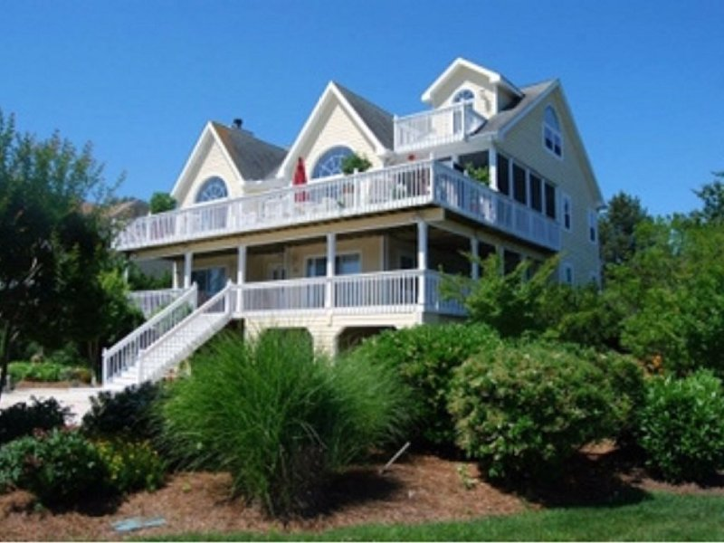 Lux Oceanside Beach Home-North Bethany Beach-Private Beach, Gated Community!, vacation rental in Cedar Neck