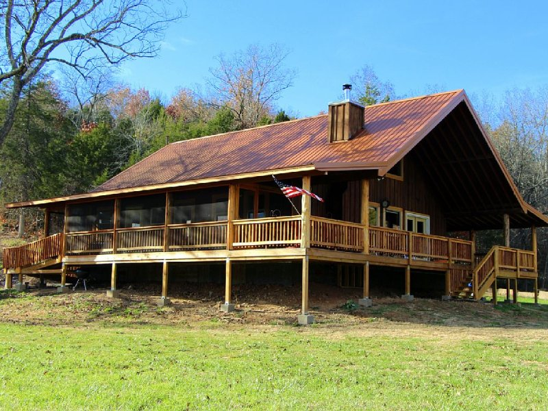 Chimney Mill Cabin -- close by Kings River Falls