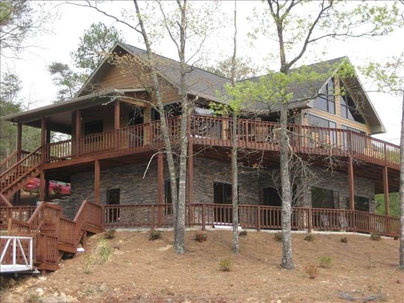 Family Paradise- Smith Lake Home, vacation rental in Jasper