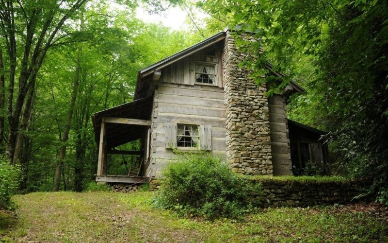 1 Bdrm Romantic Retreat On Private Cascading Stream Secluded Nature Escape, alquiler de vacaciones en Robbinsville