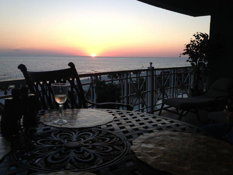 Luxury Beachfront Condo, alquiler de vacaciones en Panama City Beach