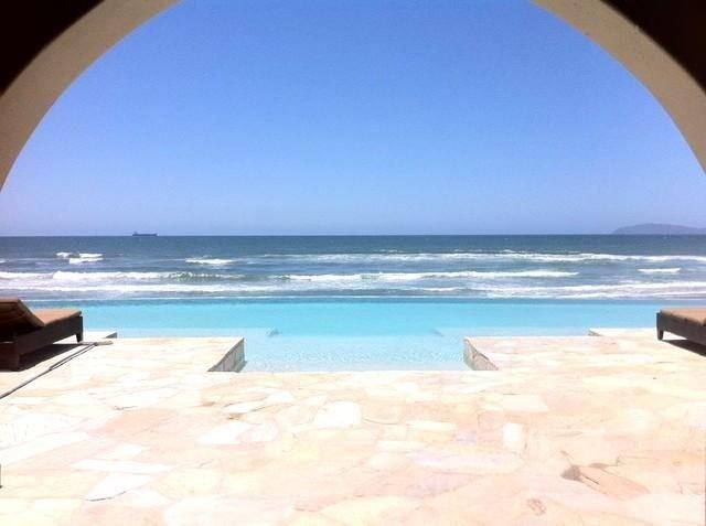 Amazing Rosarito Beachfront Las Olas Mar Y Sol Spa Gym Pool Security Gated Views, aluguéis de temporada em Baja California Norte