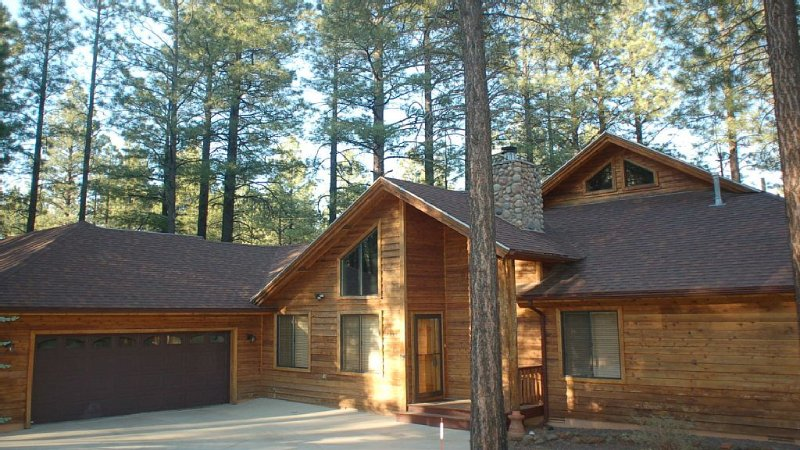 Relax In The Cool Pines, vacation rental in Pinetop-Lakeside