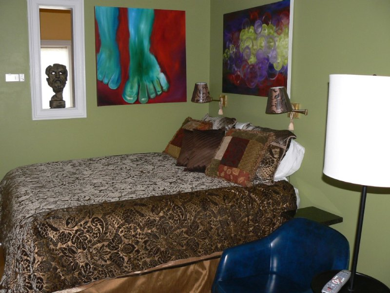 Come Visit Us In Savannah...STUDIO for 2--Startin, vacation rental in Thunderbolt