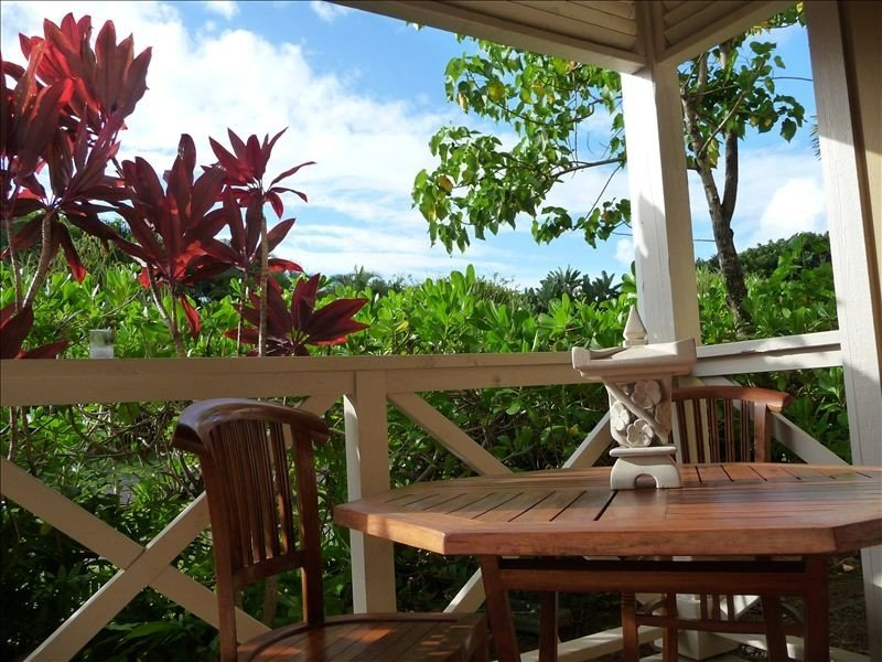 Luxurious Oasis - Decorated and Furnished as a 2nd Home, holiday rental in Kauai