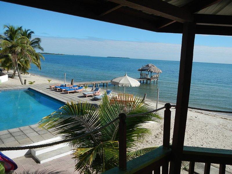 Executive's House on the Exotic Caribbean Sea, Tons of Extras, aluguéis de temporada em Seine Bight Village