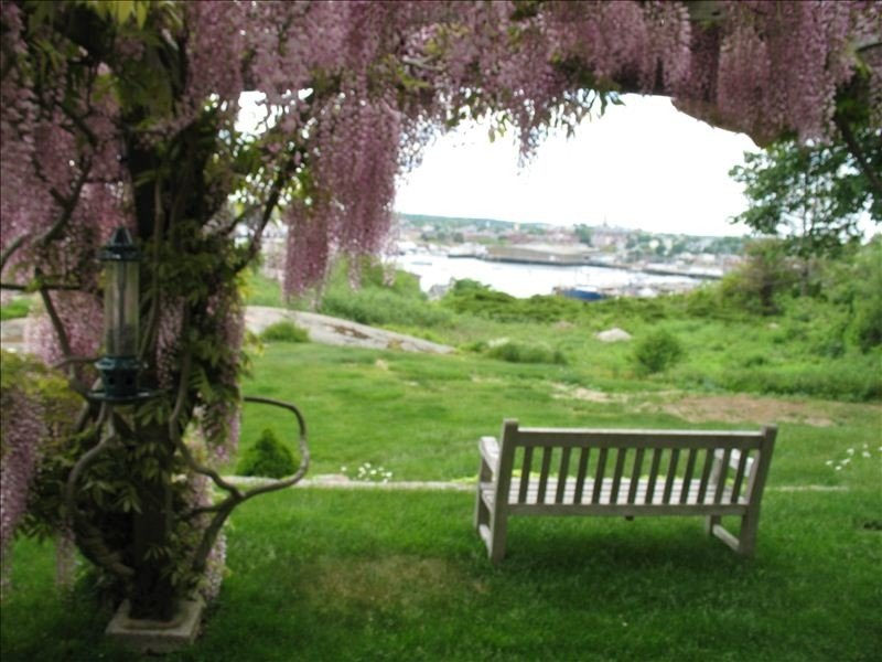 Prime Gloucester Property - Overlooking Harbor w Pool, vacation rental in Cape Ann
