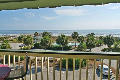 OCEANFRONT 1 BR  Isle of Palms Condo-  Breathtaking 3rd Floor Views, holiday rental in Isle of Palms