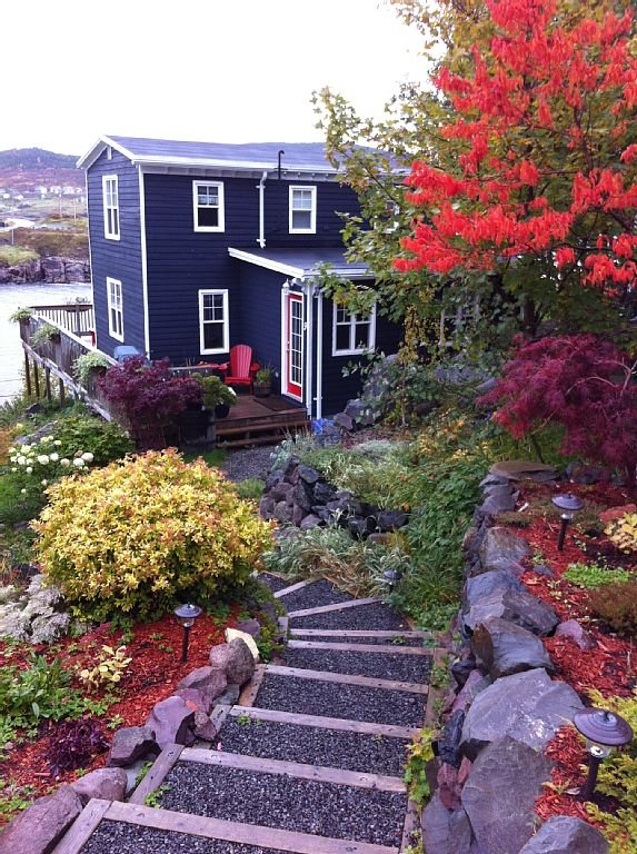 Breakwater Cottage in the Fall