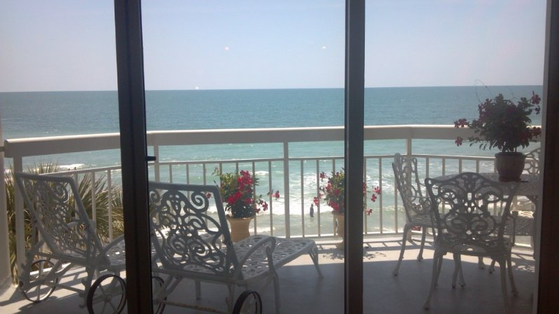 The Finest Super-Luxury Ocean Front Unit In Garden City Beach, location de vacances à Garden City Beach
