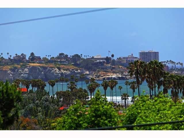 Ocean views, hot tub & pool, walk to beach, restaurants, and more!, vacation rental in La Jolla