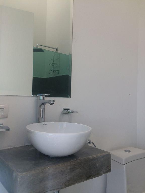 gest bathroom