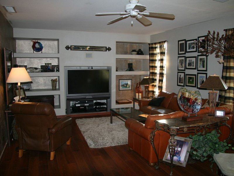 Spirng training. Very close to spring training venues. 3700 Sq ft home, vacation rental in Glendale