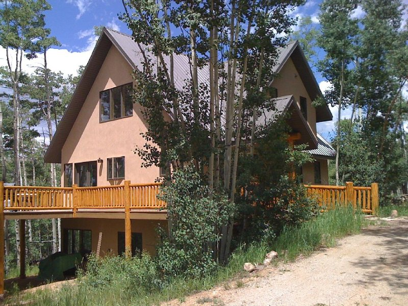 Aspen Tree House: Luxury In The The Heart Of The REAL South Park, holiday rental in Jefferson