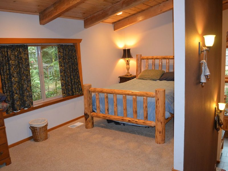 Semi- private third bedroom Queen bed --dresser With futon couch