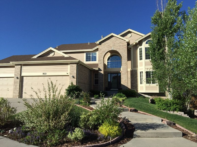Beautifully Furnished, Multi-Family Home Minutes from USAFA, holiday rental in Villa Grove