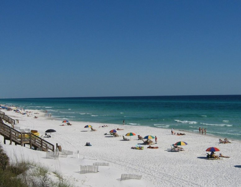 BEAUTIFUL 'ZEN ESCAPE'- 47' SMART TV, FREE Internet/ FREE Beach Chairs, location de vacances à Grayton Beach