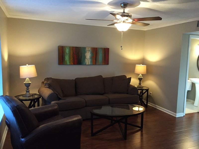 Midtown-Overton Square/ Cooper Young/Central Gardens #2, vacation rental in Southaven