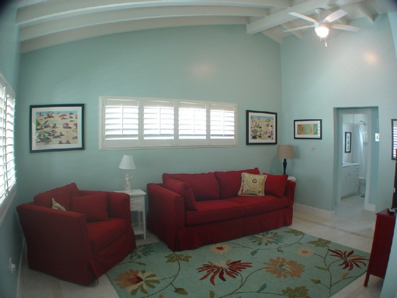 Light And Bright Beach Retreat, holiday rental in Carlsbad
