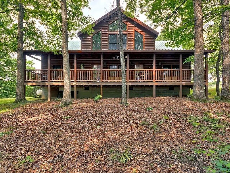 Cozy 4 bdrm cabin -  2 Miles From Fall Creek Falls, location de vacances à Spencer