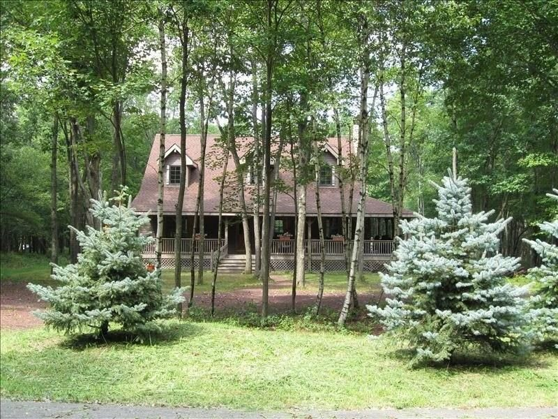 Cozy Timber Frame Home, holiday rental in Albrightsville