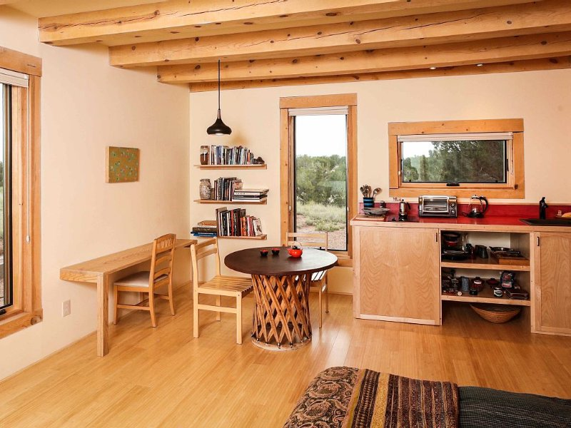 Peaceful Studio With 360º Views, Starry Nights An, holiday rental in Galisteo