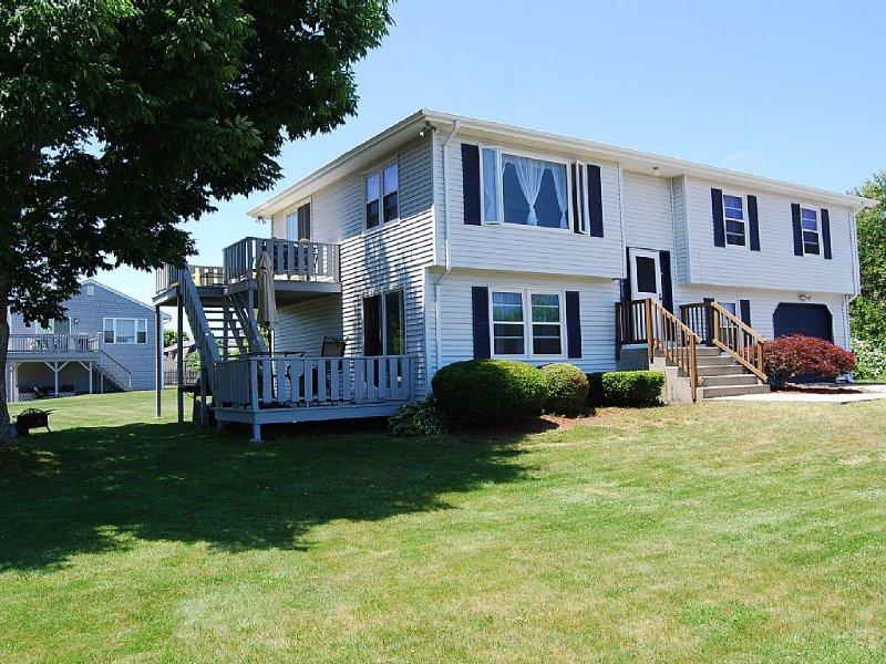 Eastward Look Beach Rental !, location de vacances à Narragansett