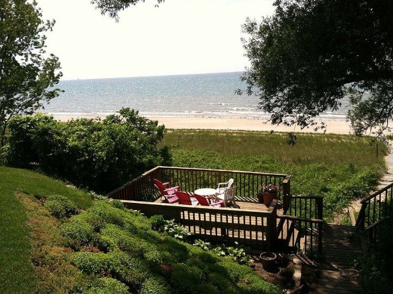 Lake Michigan - Private Beach Home In lovely South Haven, MI, aluguéis de temporada em Van Buren County