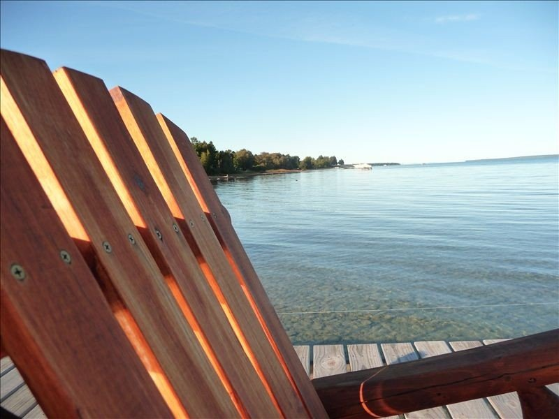On West Grand Traverse Bay -Private Carriage House -Sleeps 4, vacation rental in Traverse City