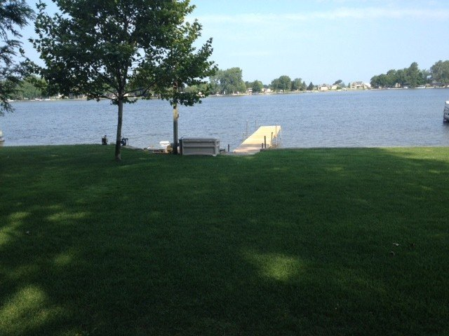 Fish Lake - All Sports Lake Front Cottage, Shopping & Notre Dame, casa vacanza a Middlebury