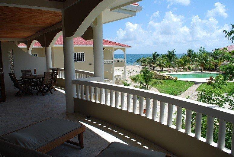 Los Porticos Villas (Villa 6C) - Luxurious Beach View Condo, holiday rental in Seine Bight Village