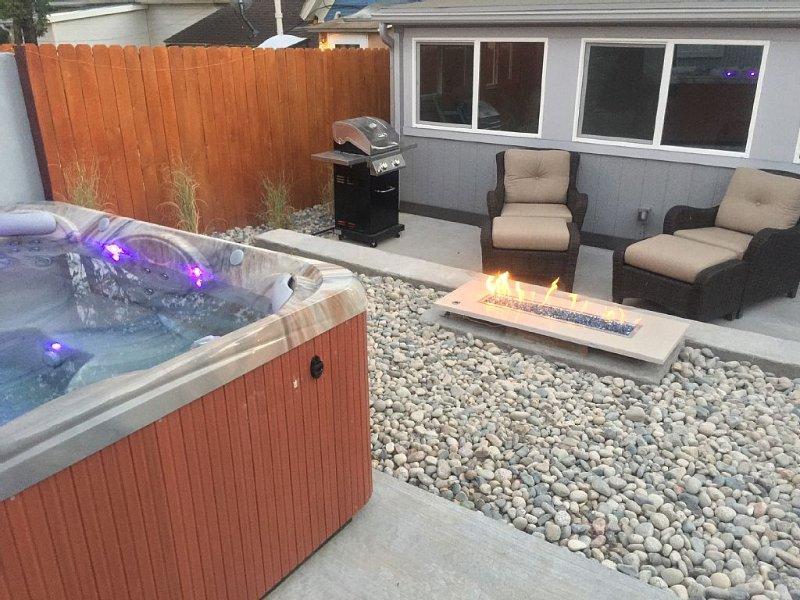 Pet-friendly, cozy home with hot tub in historic Old Colorado City, CO, vacation rental in Colorado Springs
