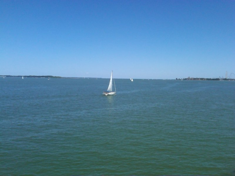 Beautiful Waterfront Condo - Minutes from Cedar Point, holiday rental in Sandusky