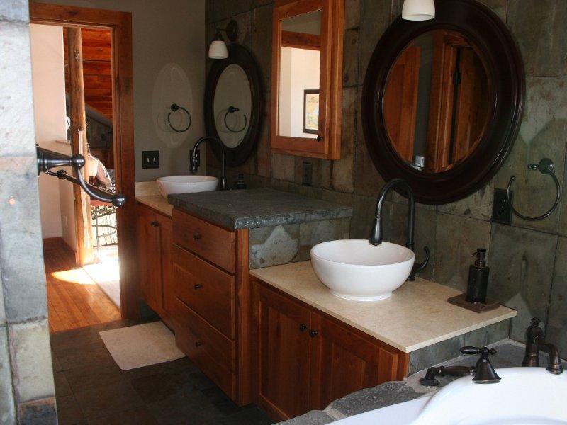 1st Bedroom Master king suite bath.