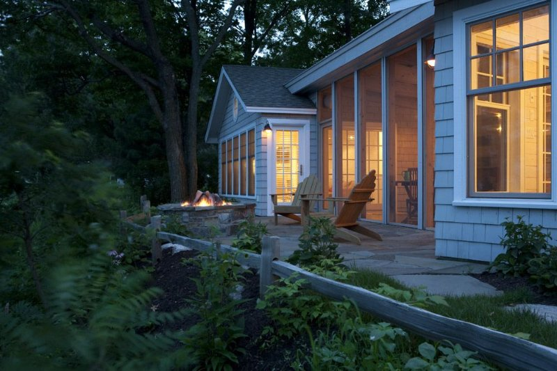Cape Cod Meets Up North in this Gull Lake Retreat, holiday rental in Brainerd