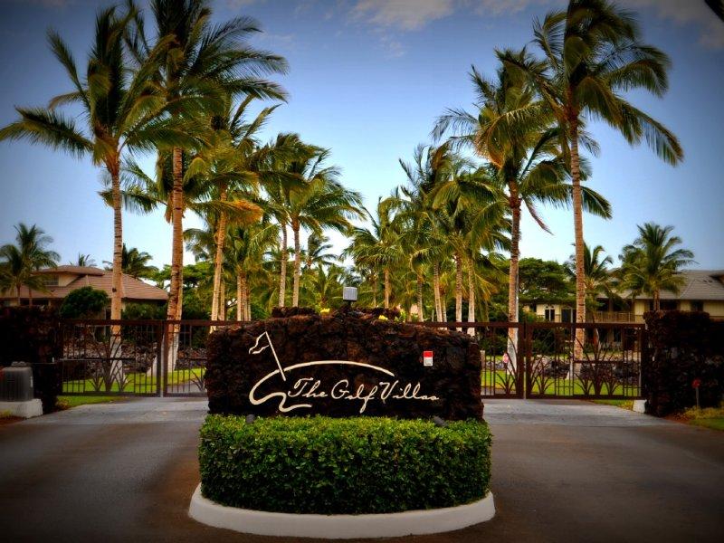 Entrance to Golf Villas
