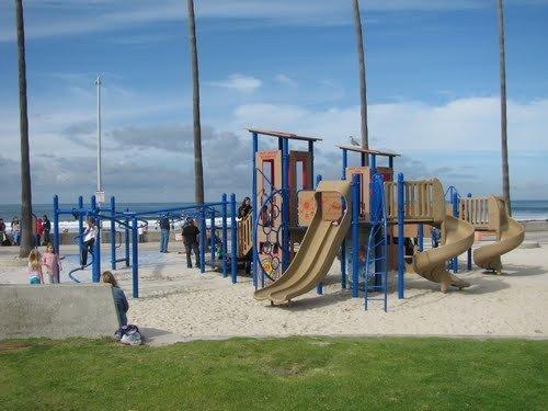 Play area for kids at La Jolla Shores, Kellog park only 3 blocks away