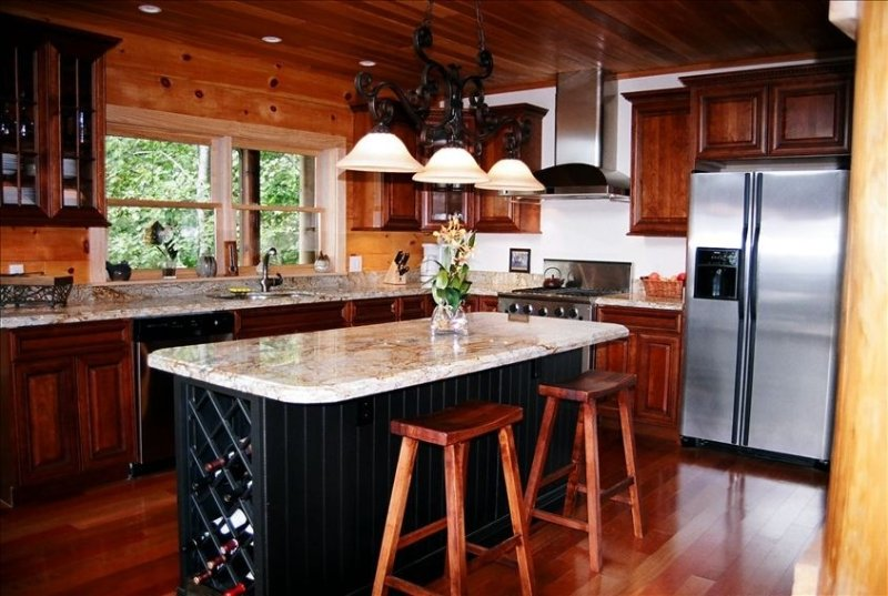 Gourmet Kitchen, Fully Equipped