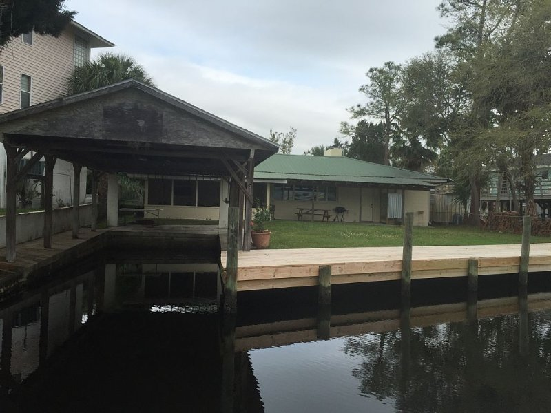 The Crab Shack - Waterfront Vacation Getaway!!!, holiday rental in Homosassa