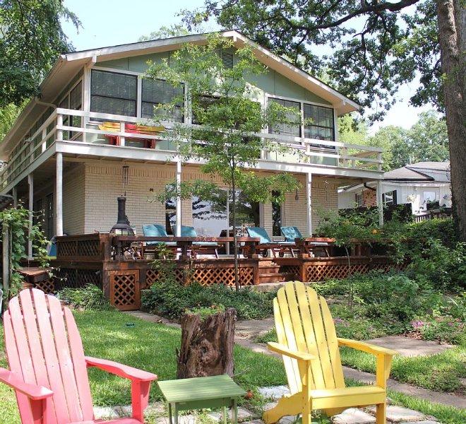 Almost Seaside - Waterfront Paradise On Cedar Creek Lake!, location de vacances à Kemp