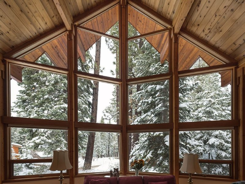 This Is The House You're Looking For: Beautiful Home In The Heart Of Northstar, aluguéis de temporada em Truckee