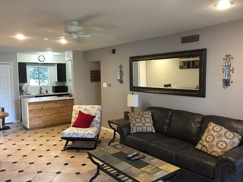 Ground Level Lakefront At The Back Door  - 2 Br / 2 Bath Condo, holiday rental in Montgomery