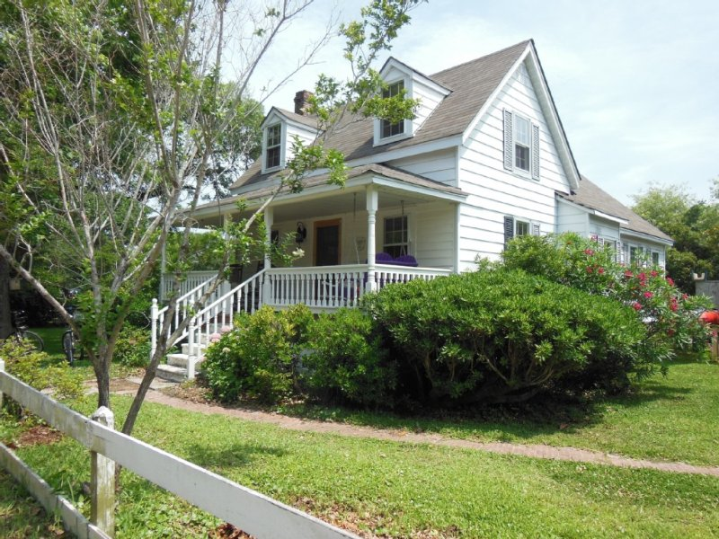Elsie's House On Howard Street, aluguéis de temporada em Ocracoke