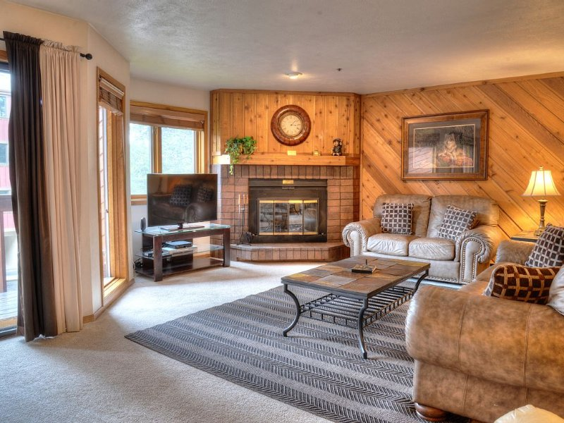 NEW MID-WEEK RATES!!! -  'In The Heart of Breckenridge', vacation rental in Breckenridge