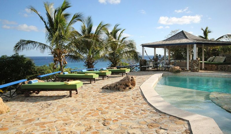 The Carib House, Turtle Bay 5 room villa, pool, views, beach, English Harbour, vacation rental in Falmouth