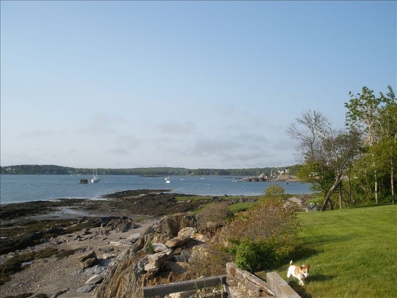 Quaint Guest Cottage Overlooking Potts Harbor, alquiler de vacaciones en Harpswell