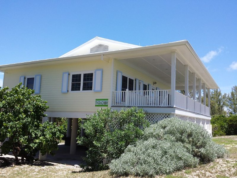Luxury Oceanfront Home, Gorgeous View, holiday rental in Abaco Islands