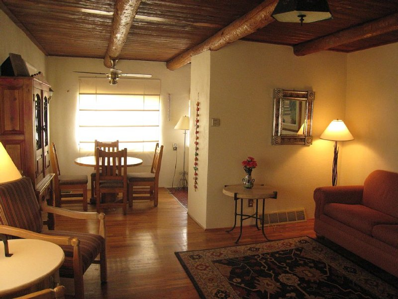 Classic 1940's Adobe...Walk or Bike To Historic Downtown, vacation rental in Silver City