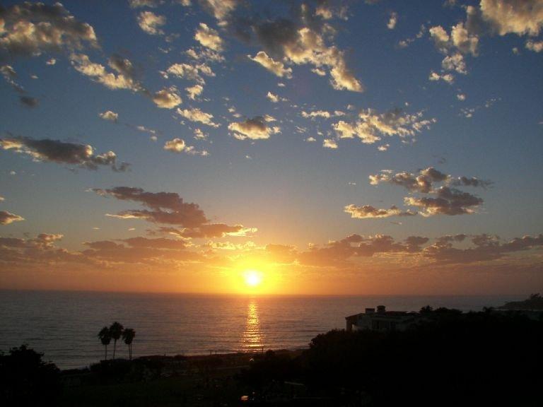 SUNSET IN AREA