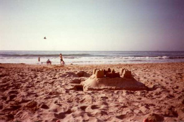 Great location***Steps to beautiful beach***King bed, parking, vacation rental in Carpinteria
